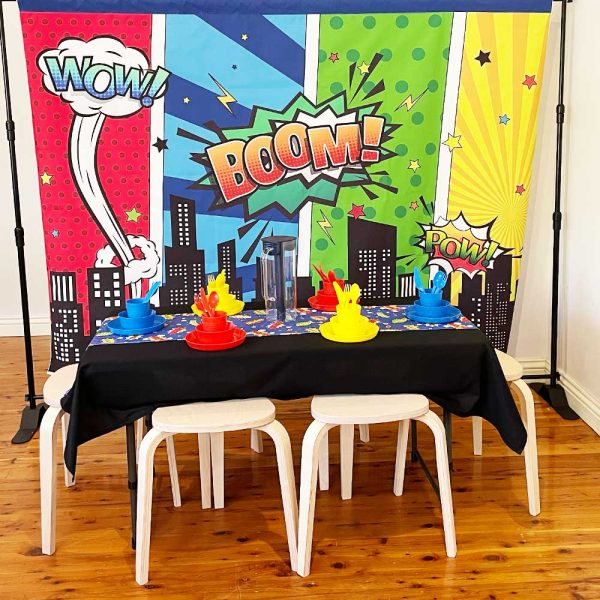 hero-party-full-table_01-little-ones-party-hire