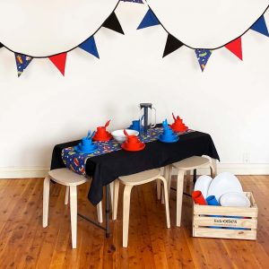Little_Ones_Party_Hire_Kids_Party_Table_Crate_Superhero